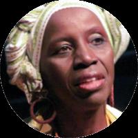 """Graduada e licenciada em Letras/Português pela PUC/SP (2004) e especialista em """"Docência do Ensino Superior"""" - UNIG 2006. Pesquisadora (FEUSP), possui experiência na área de Artes, com ênfase em Dramaturgia, atriz, diretora e arte-educadora. Como atriz há mais de trinta anos, sua trajetória é marcada por participações em diversos projetos de teatro e cinema. É pesquisadora e ativista da cultura afro-brasileira, teatro negro e cinema negro, atuando em diversos projetos na área cultural, social e educacional."""